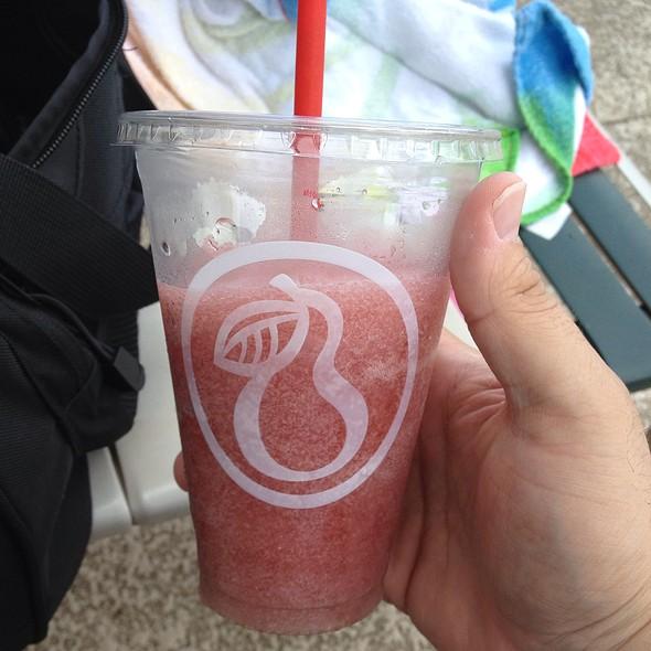 Strawberry & Peach Slushy @ Life Cafe Poolside