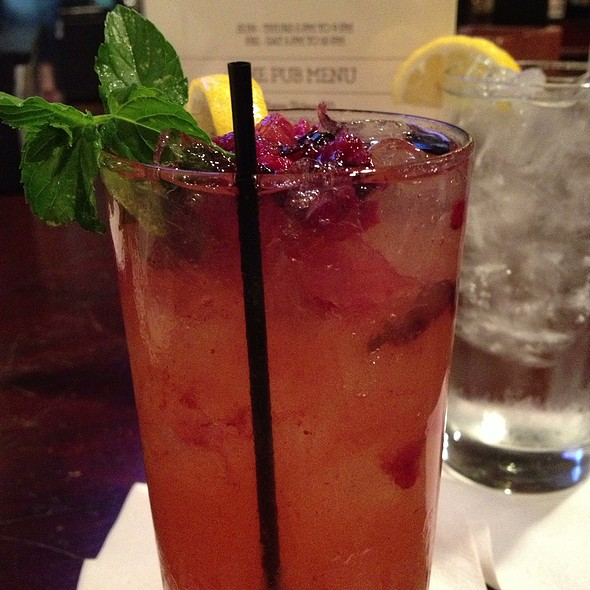 Bourbon & Berry Lemonade - The Castle at Dunleith, Natchez, MS