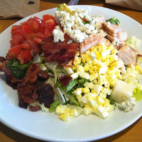 amazing California Pizza Kitchen Emeryville #7: Cobb Salad at California Pizza Kitchen