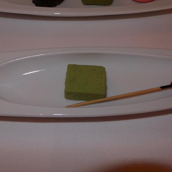 Orange Chocolate with Green Tea @ Nagaya