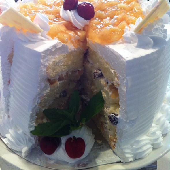 Apple Cream Cake @ Parkyard Hotel Shanghai