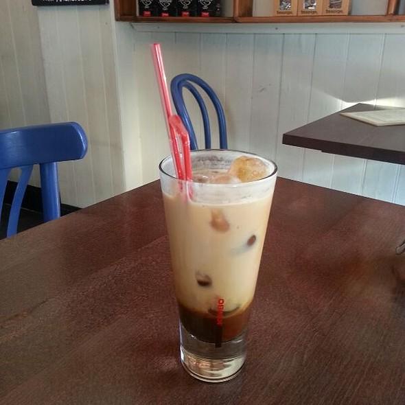 Iced Latte @ Syon deli
