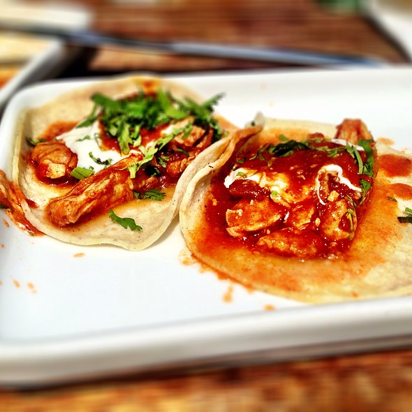 Spicy Tinga Chicken Tacos @ Wahaca's Southbank Experiment