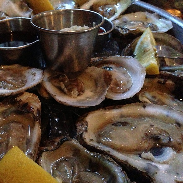 East Coast Oysters - The Hamilton Inn, Jersey City, NJ