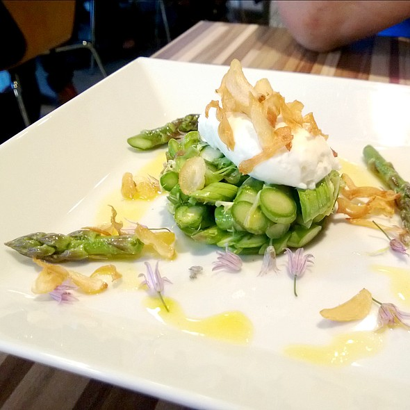 Raw Ontario Asparagus Salad @ Hawthorne Food And Drink