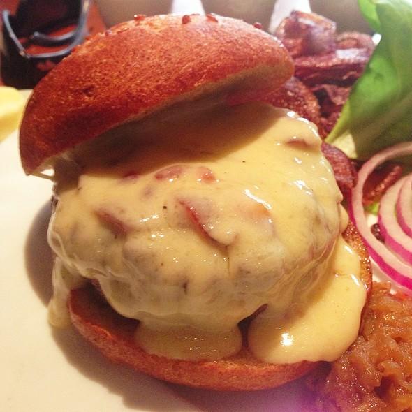 Burger - Gramercy Tavern, New York, NY