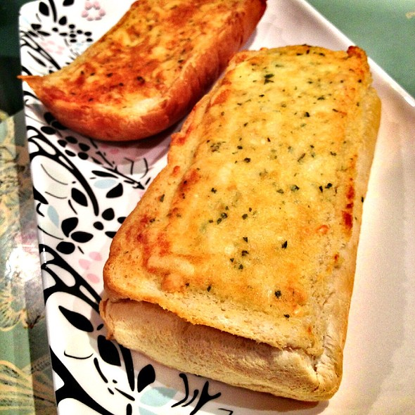 Cheese Garlic Bread @ Pizza Base