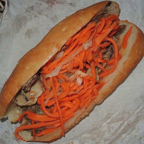 Banh Mi (Roast Pork)