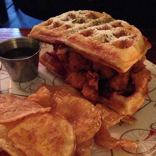 Fried Chicken-N-Waffle Monte Cristo @ Straw