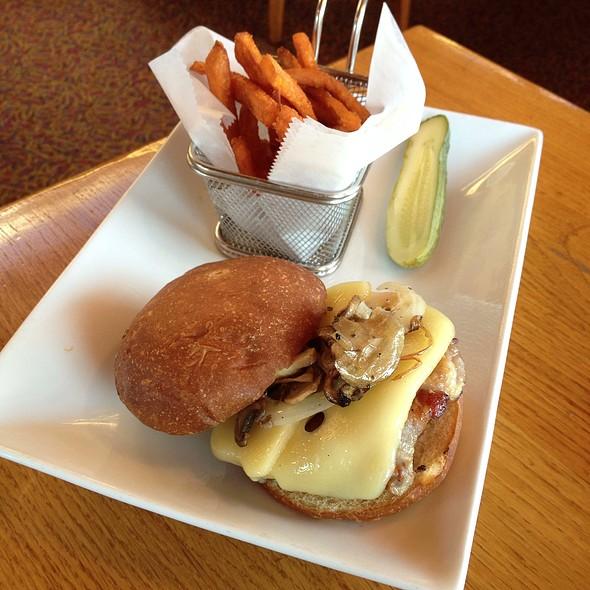 Chicken Sandwich - Ray's Cafe, Seattle, WA