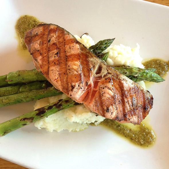 Grilled Salmon - Ray's Cafe, Seattle, WA