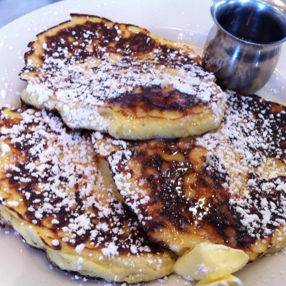 Lemon And Ricotta Pancakes @ Plow