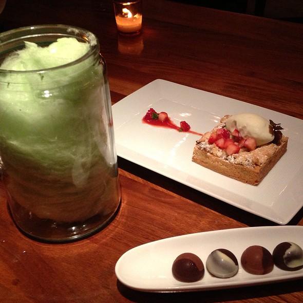 Green Apple Cotton Candy @ BLT Fish Inc