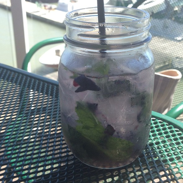 Blueberry mojito - Pier 73 - Pacific Gateway Hotel at the Vancouver Airport, Richmond, BC