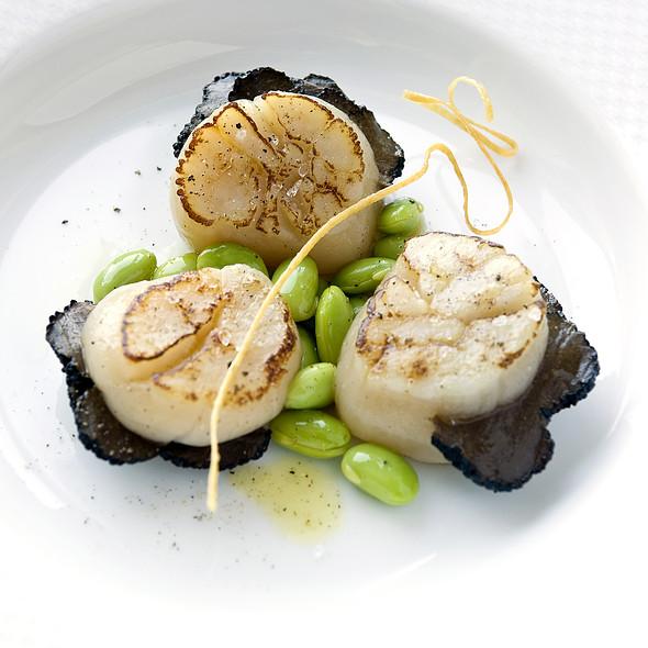 Seared Atlantic Scallops @ Zodiac Grill