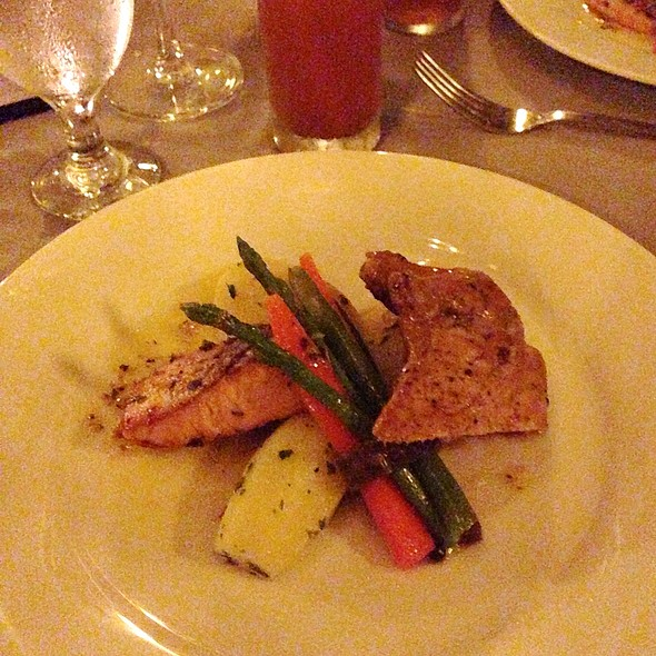 Pan Fried Salmon Fillet With Cafe De Paris And Grilled Chicken With Peppercorn Sauce @ De Los Picos