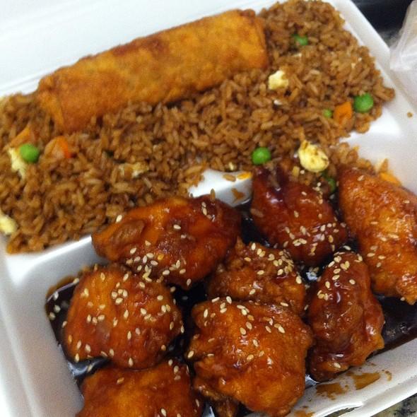 Szechuan Chinese Restaurant & Lounge Menu - Naples, FL - Foodspotting