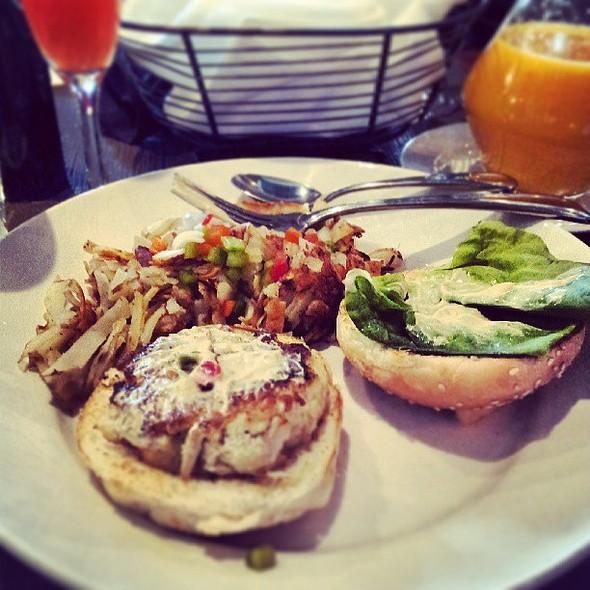 Crab Cake Sandwich @ Murphy's