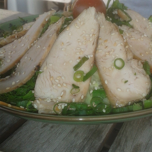 Laos Sesame Chicken Salad