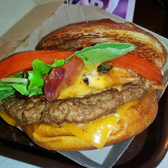 Pretzel Burger @ Wendy's