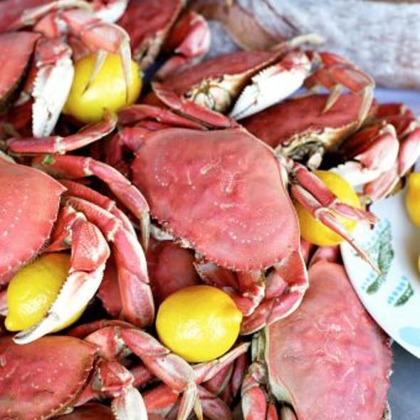 Lemongrass King Crab @ Boudin Sourdough Bakery & Cafe: Fisherman's Wharf