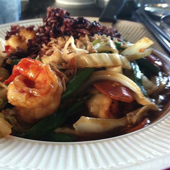 Black Bean With Shrimp @ Mamasan's Restaurant
