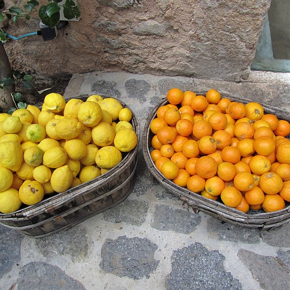Oranges and Lemons @ La Residencia