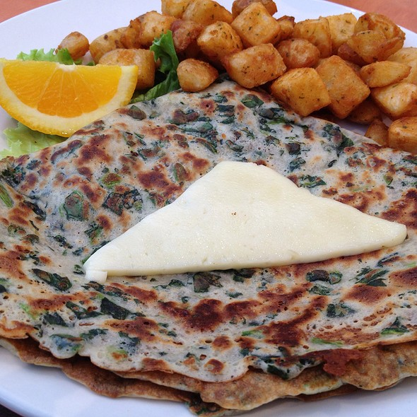 Spinach And Cheddar Crepe @ Ben & Florentine