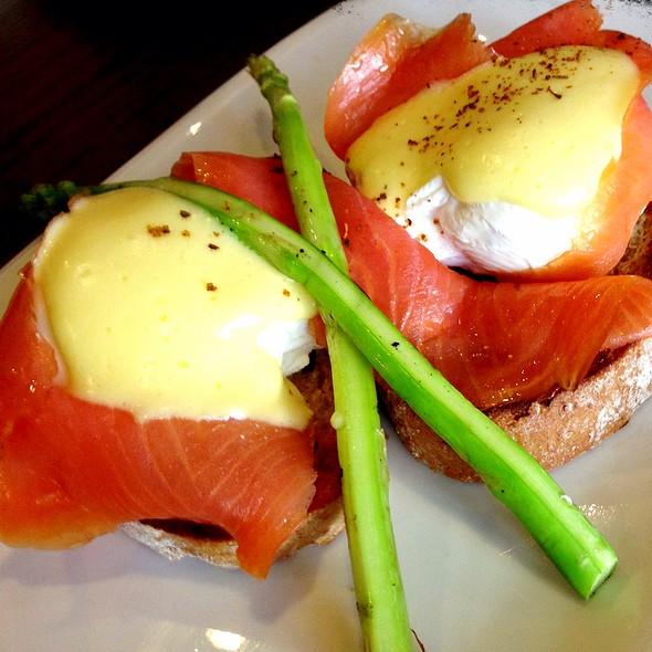 Eggs Atlantic @ Mr. & Ms. Cafe