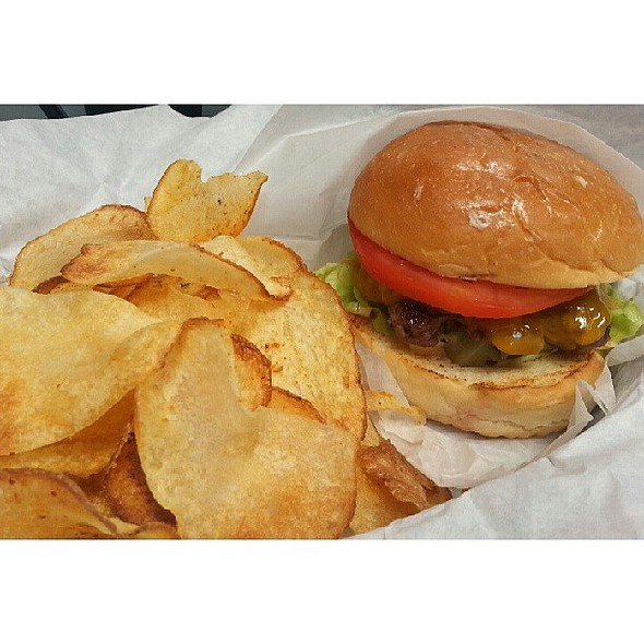 Had an amazing cheat meal for lunch today. Tried out the new place in . I hadn't had a burger in like 2 months and this by far was a damn good burger! Accompanied by their homemade chips which i loved also. They were light, crispy and seasoned just right.