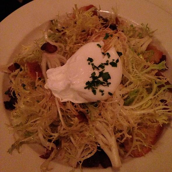 Salade Lyonnaise - Bistrot Zinc, Chicago, IL