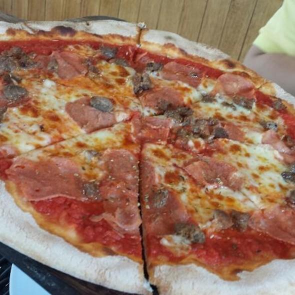 Tutta Carne @ Amici - Venice Piazza