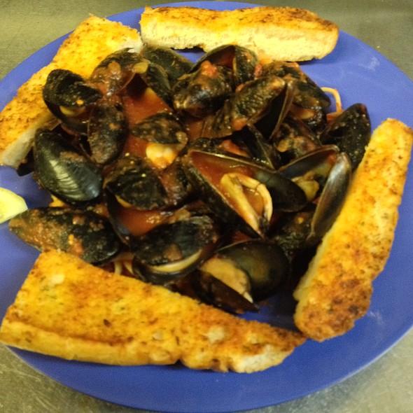 Drunken Mussels @ KrisCroix's family restaurant