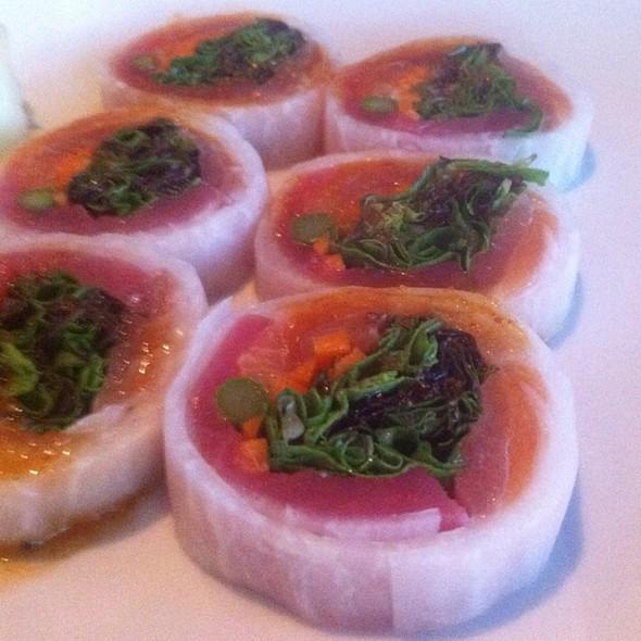 The Riverwalk Sushi Roll @ Sushi Zushi of the Domain