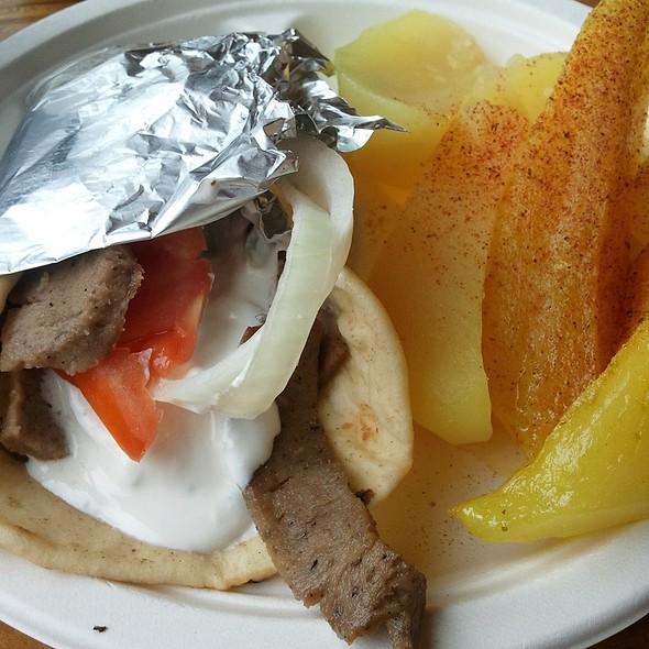 Gyro Plate W/ Potatoes