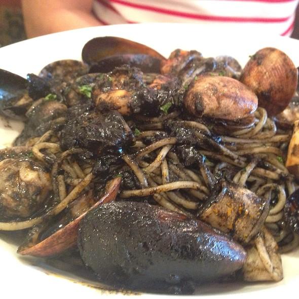 Seafood Cioppino