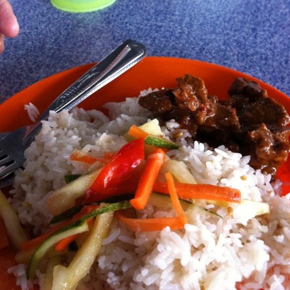 Nasi Dagang with Beef Rendang @ Kuala Rompin, Pahang