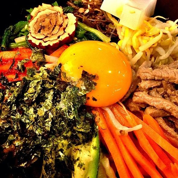 Traditional Bibimbab @ The Bibimbab (더비빔밥)
