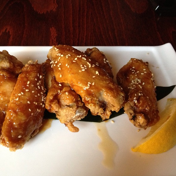 Itadaki Chicken Wings - Itadaki, Boston, MA