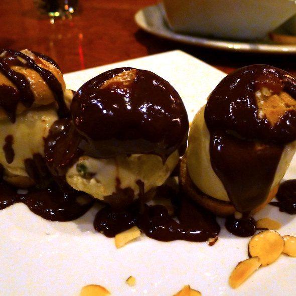 Profiteroles with Pistachio Ice Cream and Chocolate Sauce @ Chez Papa Resto