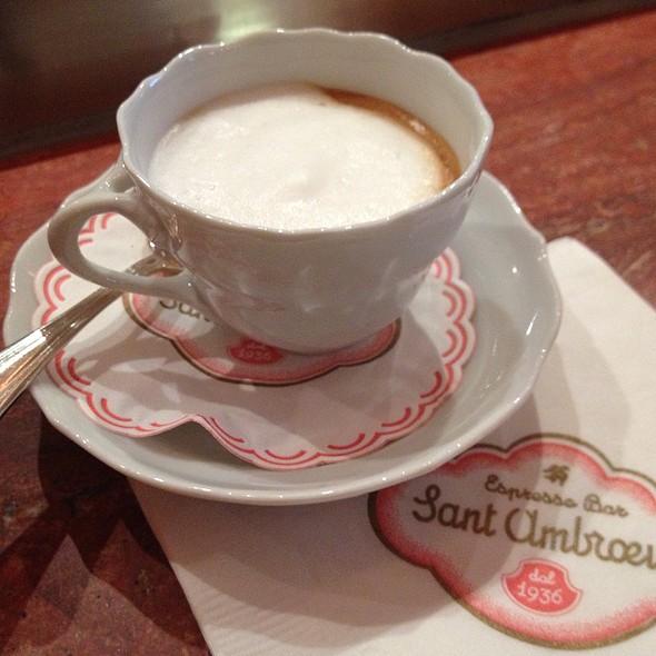 latte macchiato - Sant Ambroeus - Madison Avenue, New York, NY