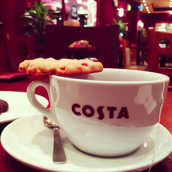 @costacoffee at Marina Crescent with @fnbboy  @ Costa Coffee