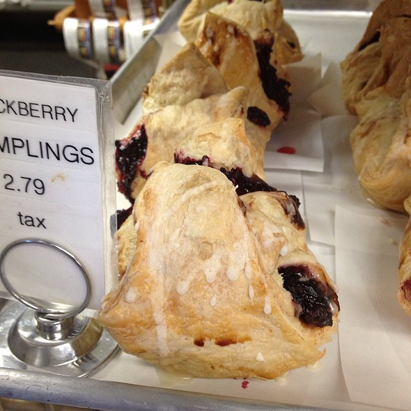 Blackberry dumplings @ Boa Vista Orchards