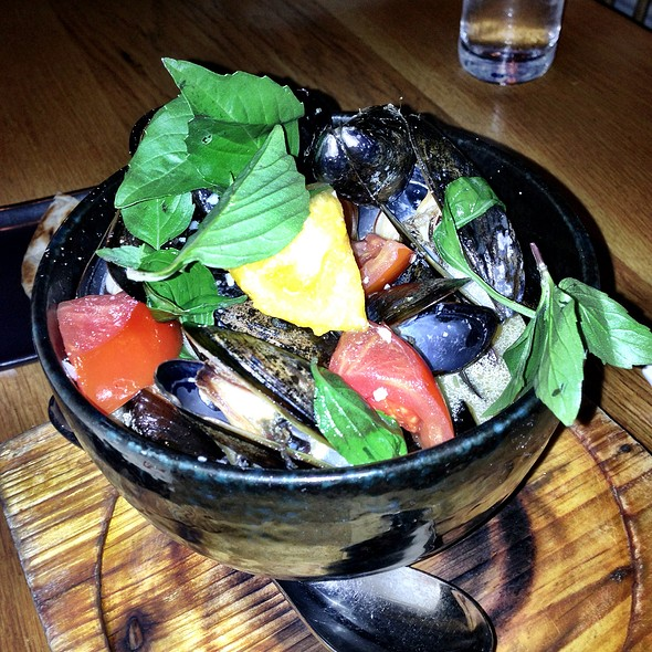 Mussels & Heirloom Tomatoes In A Lobster Broth