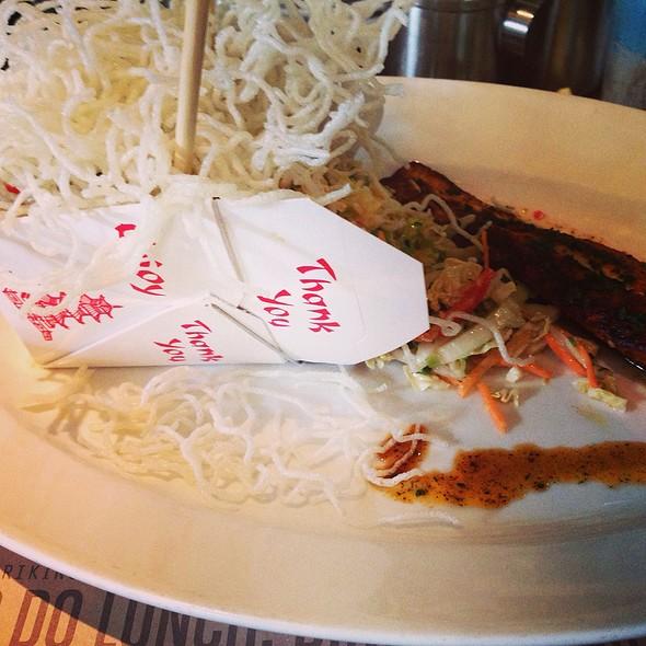 Asian Salad With Blackened Mahi - Racks Downtown Eatery + Tavern, Boca Raton, FL