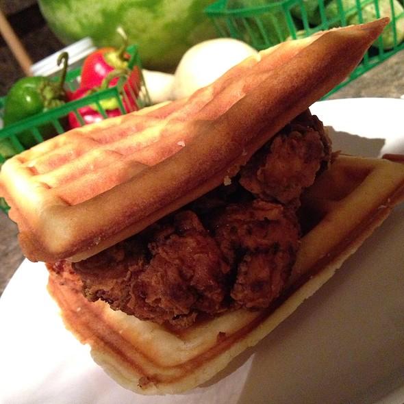 Chicken and Waffles @ Mandeville Trailhead Farmer's Market