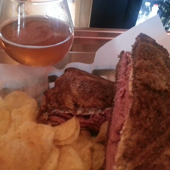 Pastrami Sandwich @ Six Row Brewing Co