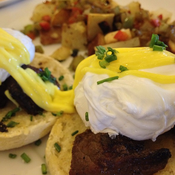 Steak and Eggs Benedict @ Egg Cracker