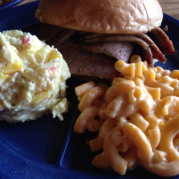 Sandwich Platter @ Sonny Bryan's Smokehouse