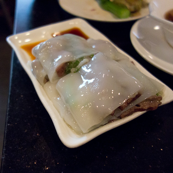 Rice Noodle Roll with Pork Liver